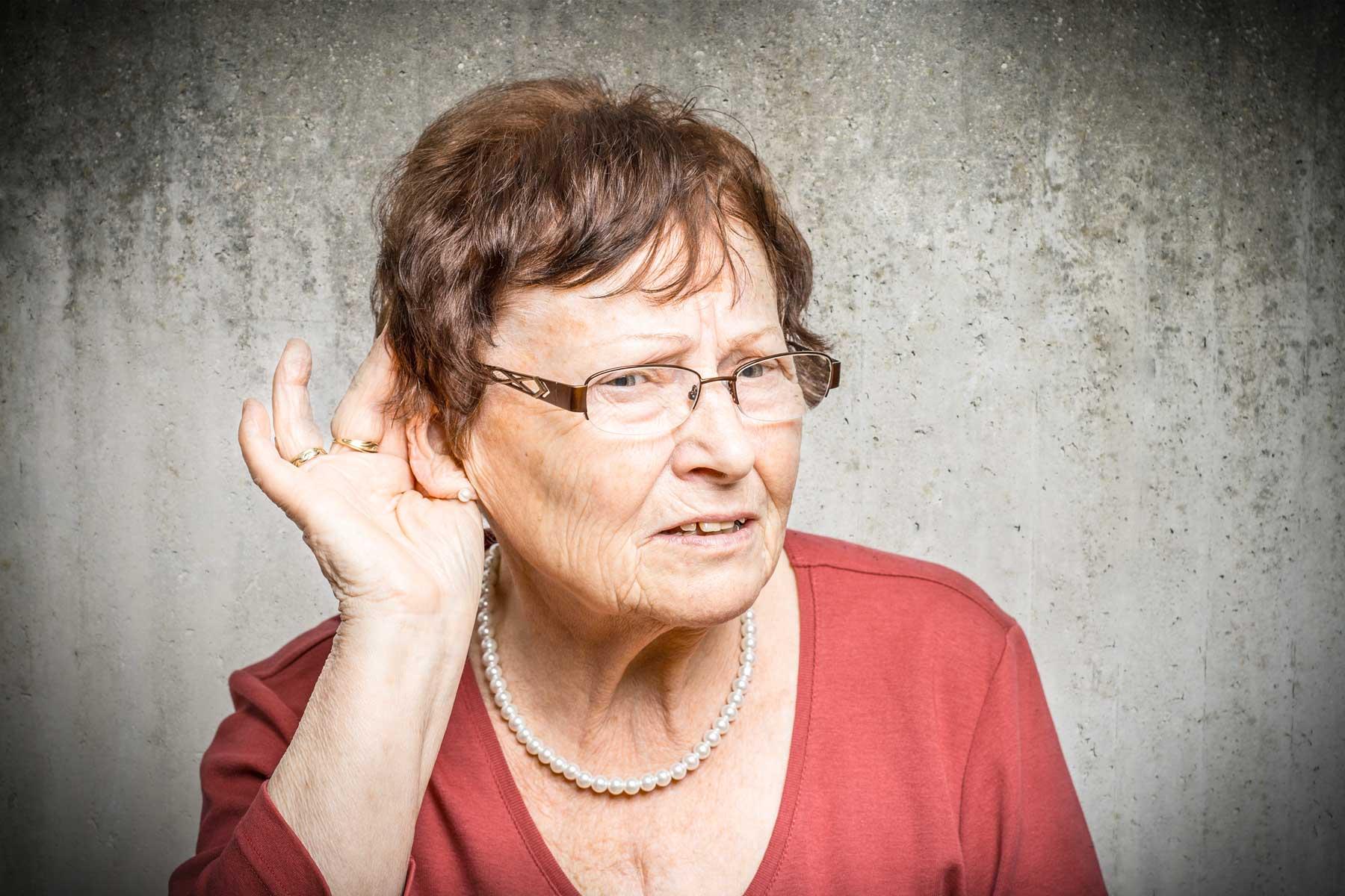 Schwerhörige gehen immer früher zum Hörakustiker – aber nicht früh genug